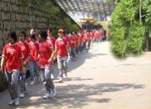 SRL Students Walk & Model For Charity 2005